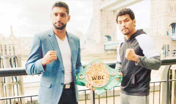 Indian Boxer And Aamir Face To Face