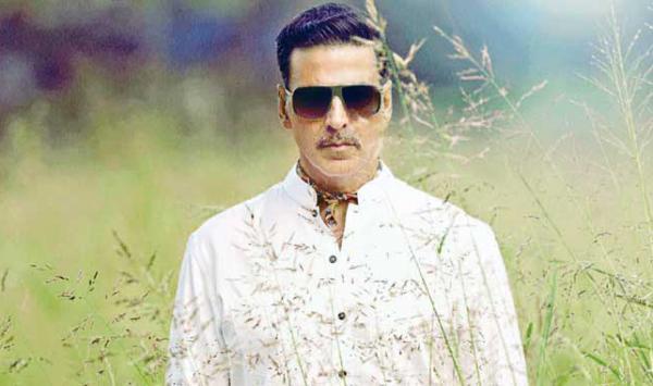 How Much Is Akshay Kumar Paid